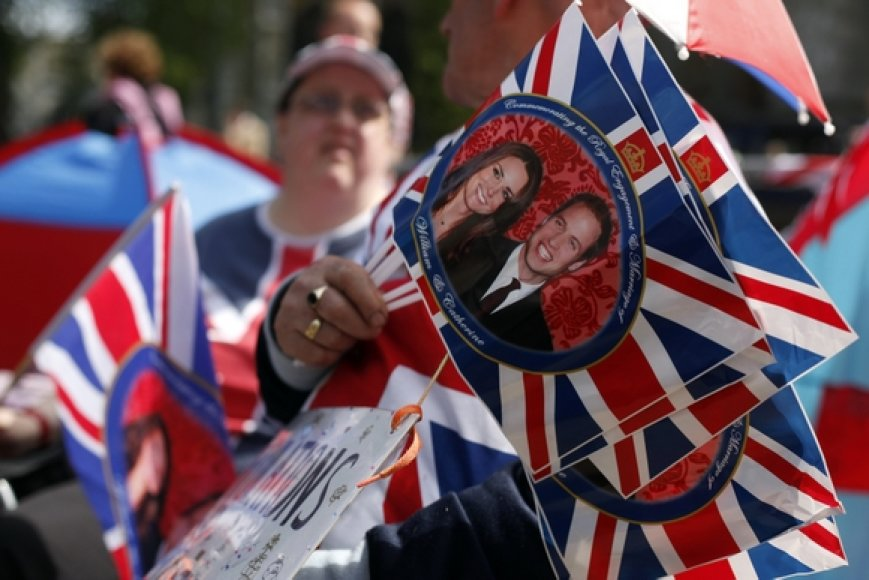 Vėliavėlės su princo Williamo ir Kate Middleton atvaizdais