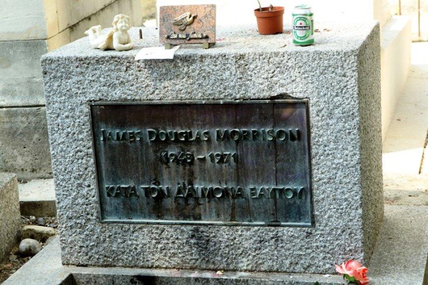 Jimo Morrisono kapas Pere Lachaise kapinėse Paryžiuje