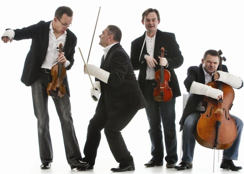 """Muzikinės komedijos meistrai lenkų kvartetas """"MozART GROUP"""""""
