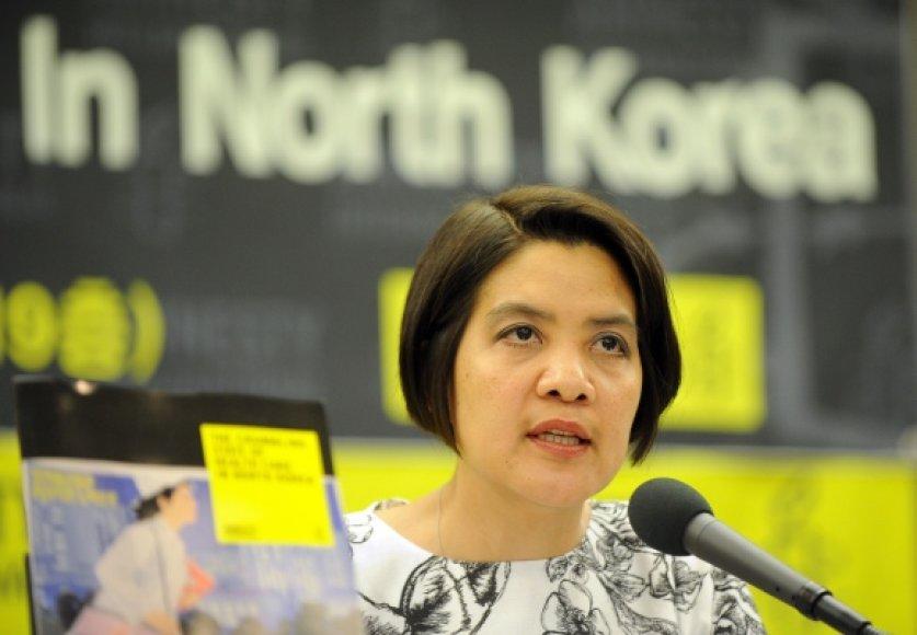 """""""Amnesty International"""" tyrėjos Norma Kang Muico teigimu, operacijos Šiaurės Korėjoje vyksta naudojant nesterilizuotus įrankius."""