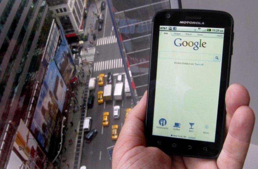 """Dauguma """"Motorola"""" išmaniųjų telefonų jau naudoja operacinę sistemą """"Android""""."""
