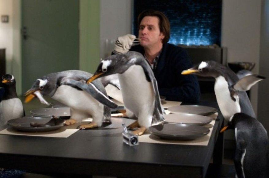 """Jimas Carrey'is komedijoje """"Pono Poperio pingvinai"""""""