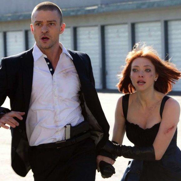 """Justinas Timberlake'as ir Amanda Seifried trileryje """"Įkalinti laike"""""""