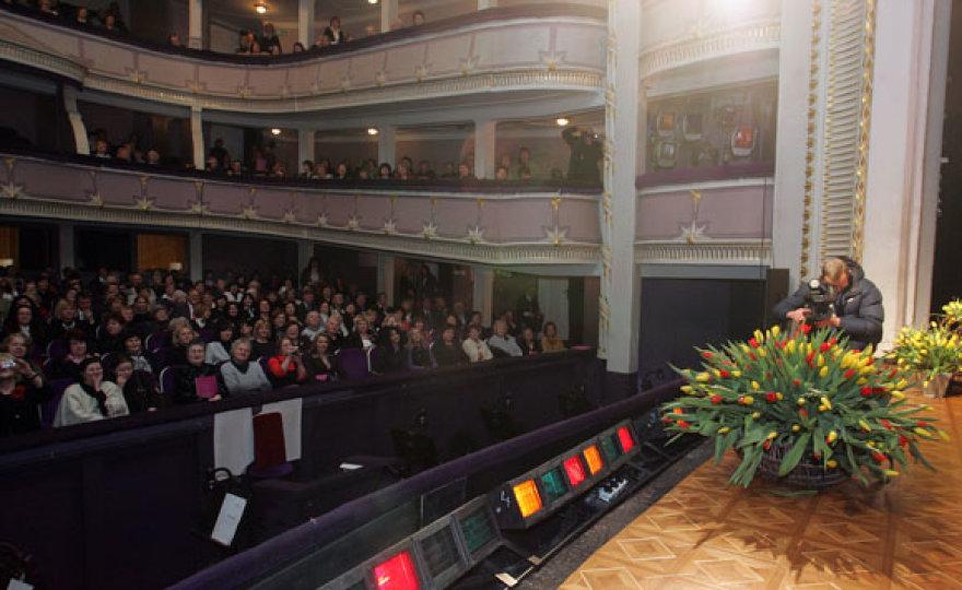 Kauno valstybiniame muzikiniame teatre vyko Tarptautinei moterų solidarumo dienai skirta konferencija-diskusija