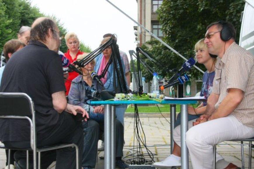 Lietuvos radijo studija, įkurta prie savivaldybės, sudomino miestiečius