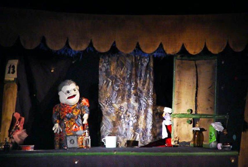 """Spektaklis """"Kiaus, Miaus ir tetulė"""" yra teatro """"aukso klasika"""""""