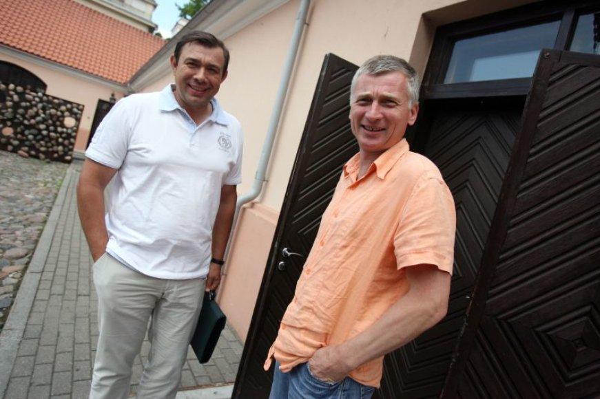 Rotušės aikštės draugijai priklausantys verslininkai R.Mačiulaitis ir Ą.Gaižutis (dešinėje) piktinosi išpūstu skandalu.