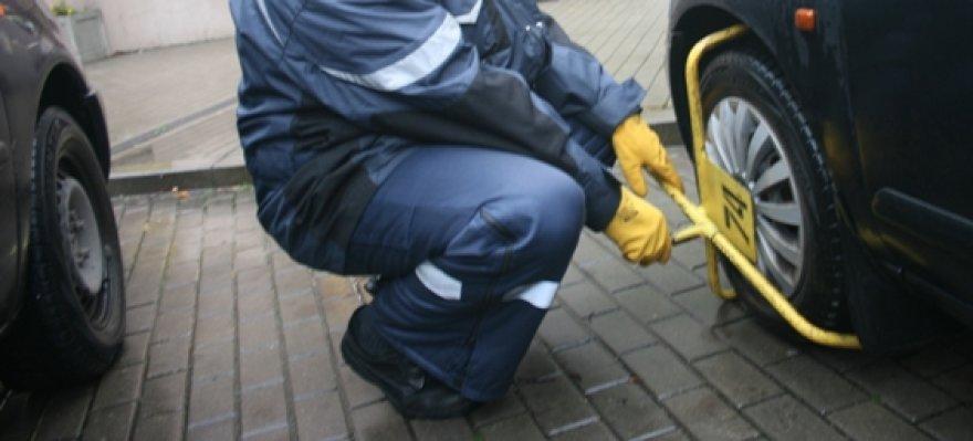 Nuo kovo 1-osios pažeidėjų automobilių ratai nebeblokuojami.