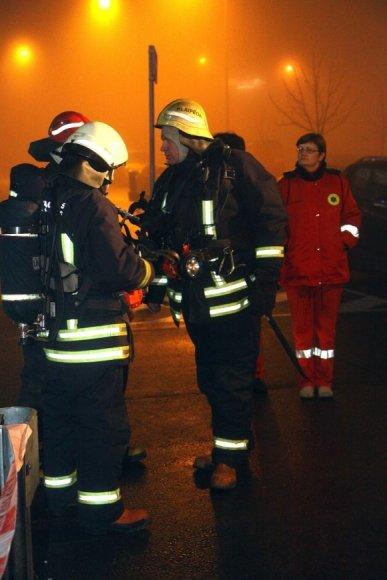 Gaisro gesinimo pratybose dalyvavo 9 ugniagesių ekipažai, policijos pareigūnai ir medikai.