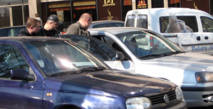 Klaipėdos miesto centre sulaikytas kažkoks vyras.