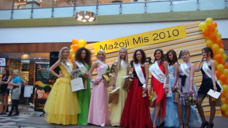 Savaitgalį Vilniuje išrinkta Mažoji Mis. Ja tapo Karolina (pirmoji iš kaurės).