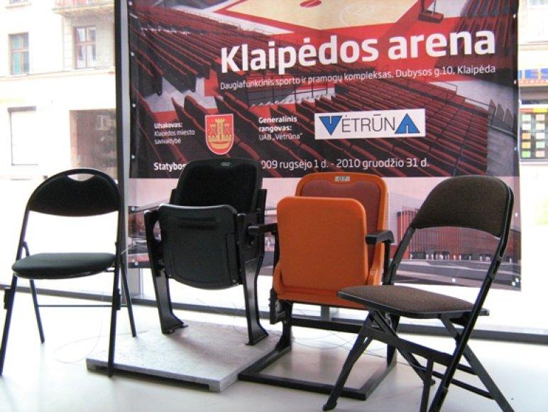 Klaipėdiečiai kviečiami išbandyti būsimos arenos kėdes ir nuspręsti, kurios - geriausios.