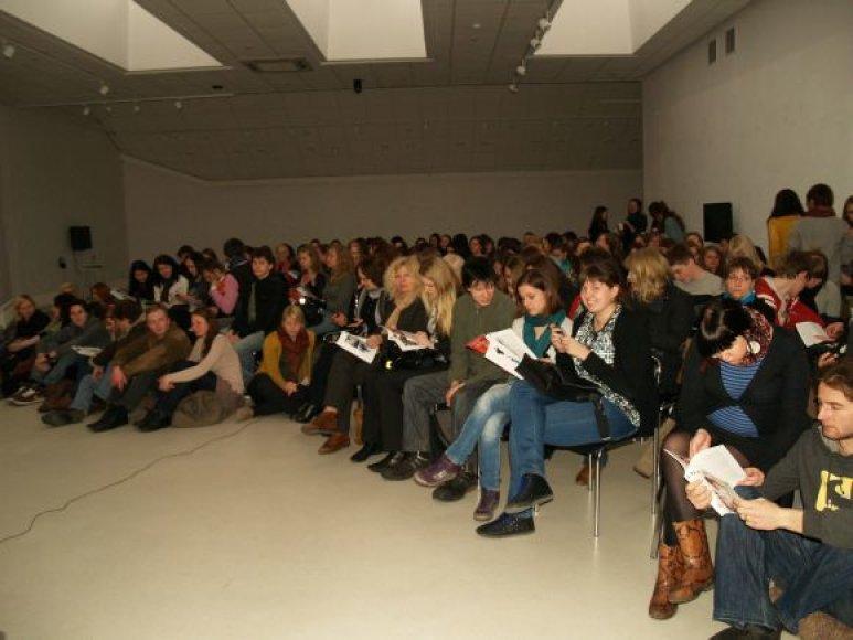 Lietuviško kino vakarai sutraukė gausybę žiūrovų.