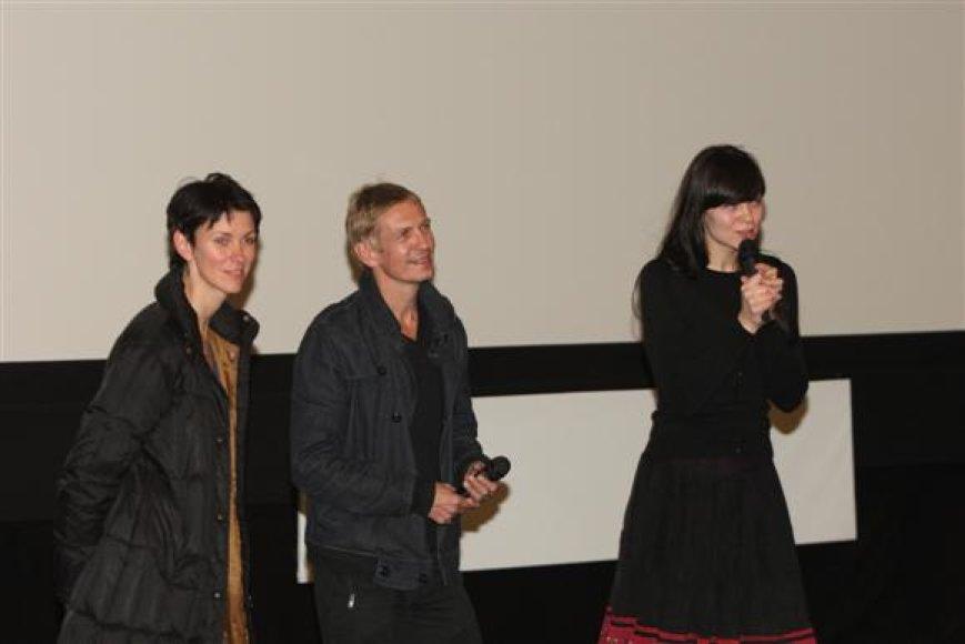 """jpg Režisierius Š.Bartas po jo filmo """"Eurazijos aborigenas"""" atsakė į kino festivalio atidaryme dalyvavusių žiūrovų klausimus."""