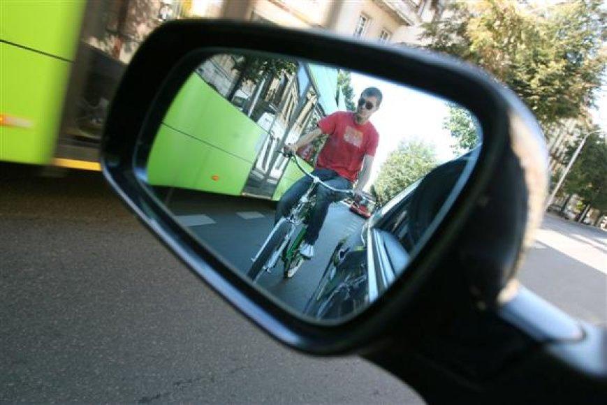 A.Kupčinskas žadėjo visus savo pavaldinius paraginti rugsėjo 21 dieną į darbą atvykti dviračiu ar viešuoju transportu.