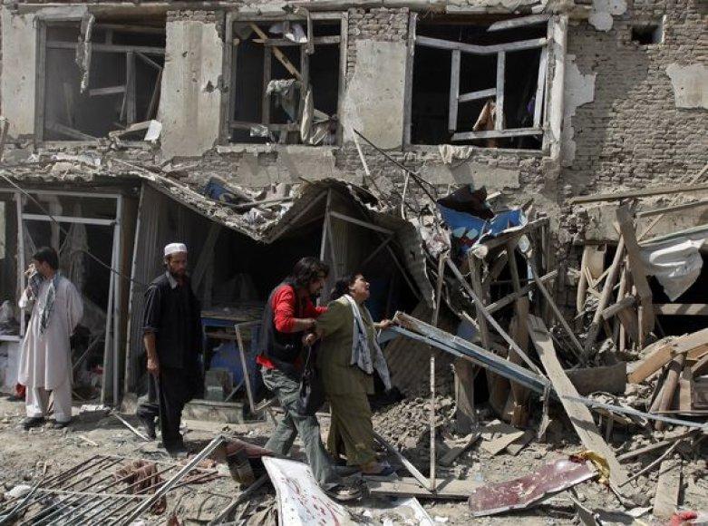 Kabule susisprogdino savižudis