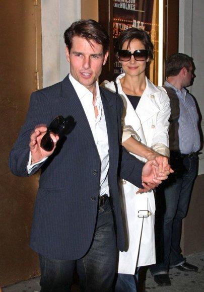 Foto naujienai: Tomas Cruise'as ir Katie Holmes. Vyras valdo!