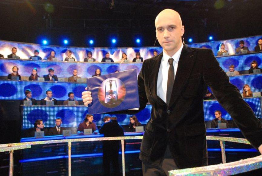 """Foto naujienai: Algis Ramanauskas: """"dalinti pinigus yra malonu"""""""