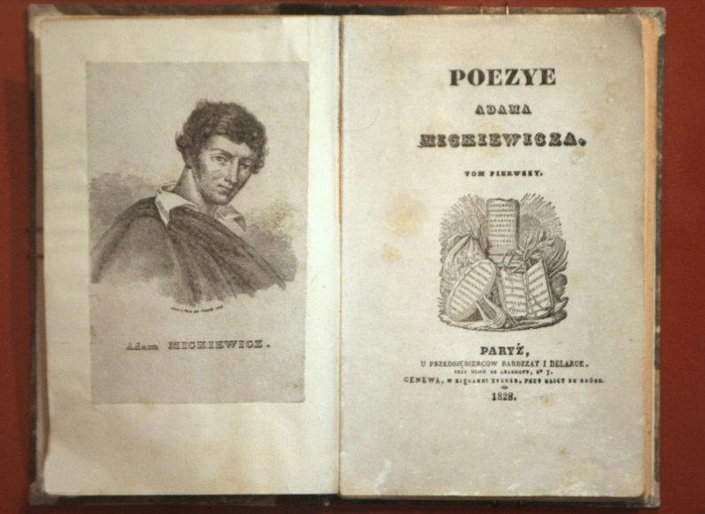 Vienas iš kūrėjų, kurio abiem tautoms niekaip nepavyktų pasidalinti – XIX a. rašytojas, lietuviams žinomas kaip Adomas Mickevičius, lenkams – kaip Adam Mickiewicz. K.Vanago/BFL nuotr.