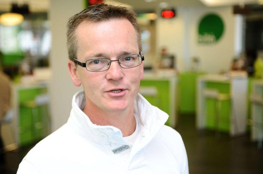 """""""Bitė Lietuva"""" vadovas Chrisas Robbinsas apie konkurentų veiksmus: """"Jie veltui švaisto laiką ir klientų pinigus."""""""