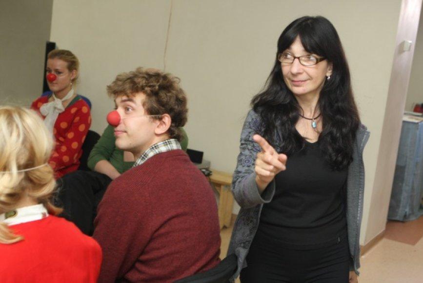Klounų terapijos mokymuose