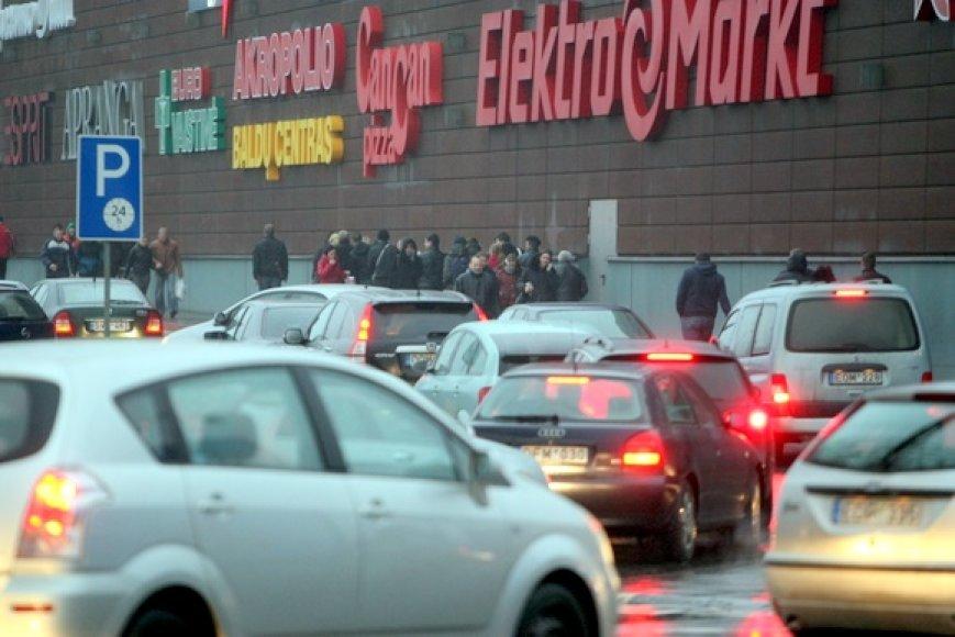 Prekių išpardavimas prekybos centre