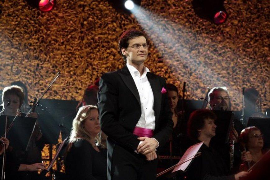 Dirigentas Modestas Pitrėnas