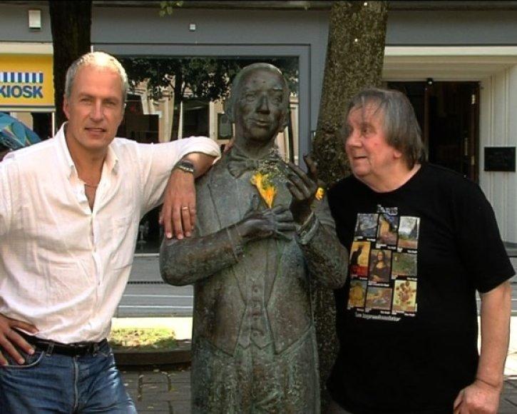 Egidijus Sipavičius (kairėje)