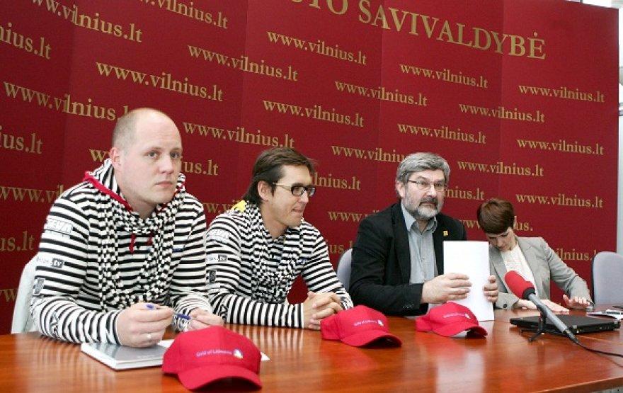 Konferencijos dalyviai (iš kairės): T.Staniulis, D.Juškus, G.Babravičius, L.Guobužaitė.
