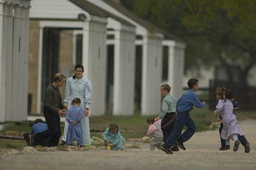 Poligamiją praktikuojanti bendruomenė
