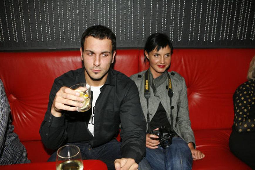 Vaidotas Valiukevičius-Milanno su drauge