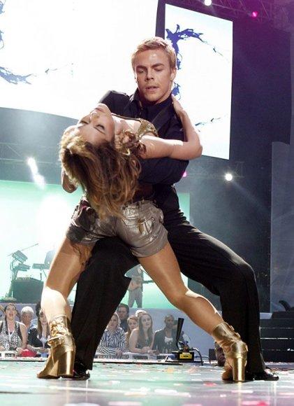 Cheryl Cole ir naujas draugas šokių partneris Derekas Houghas