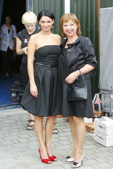 Agnė Jagelavičiūtė su mama Nijole Jagelavičiene