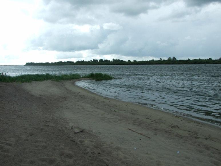 Rusijos meškeriotojams teks susitaikyti su griežtu žūklės apribojimu ir meškerioti tik nuo kranto