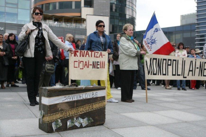 """Protesto akcijos - taip pat galimas tramplinas į rinkimus. Savivaldybėje kalbama, kad Kalvarijų turgavietės prekeivius ginantys profsąjungos ir visuomeninio judėjimo """"Mūsų reikalas"""" atstovai ruošia sau dirvą dalyvauti savivaldos rinkimuose."""