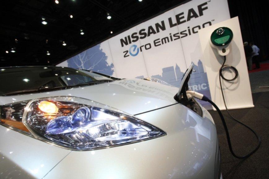 Nissan Leaf on charge
