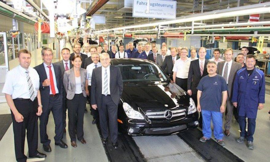 "Paskutinis ""Mercedes-Benz CLS"" nuriedėjo nuo konvejerio"