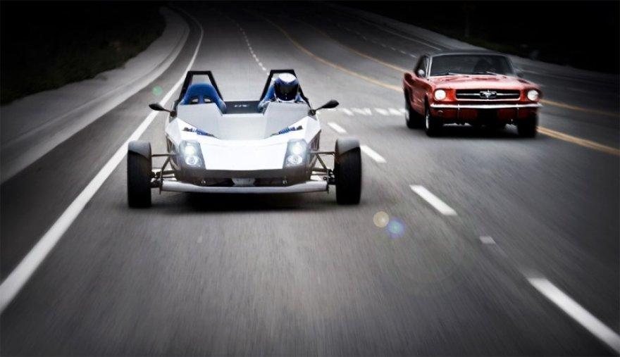 """Epic Electric Vehicles"" triratis elektromobilis"