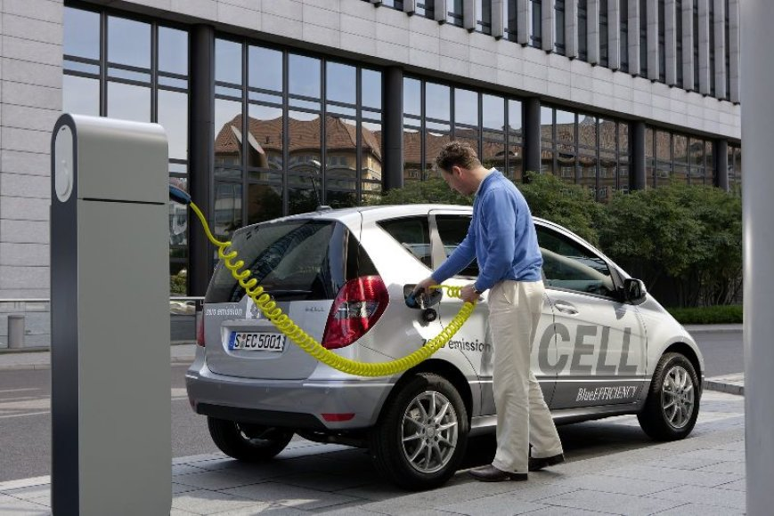 """Mercedes-Benz A Class E-CELL"""