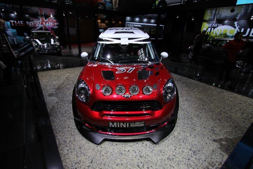"""Paryžius. """"Mini Countryman WRC"""""""