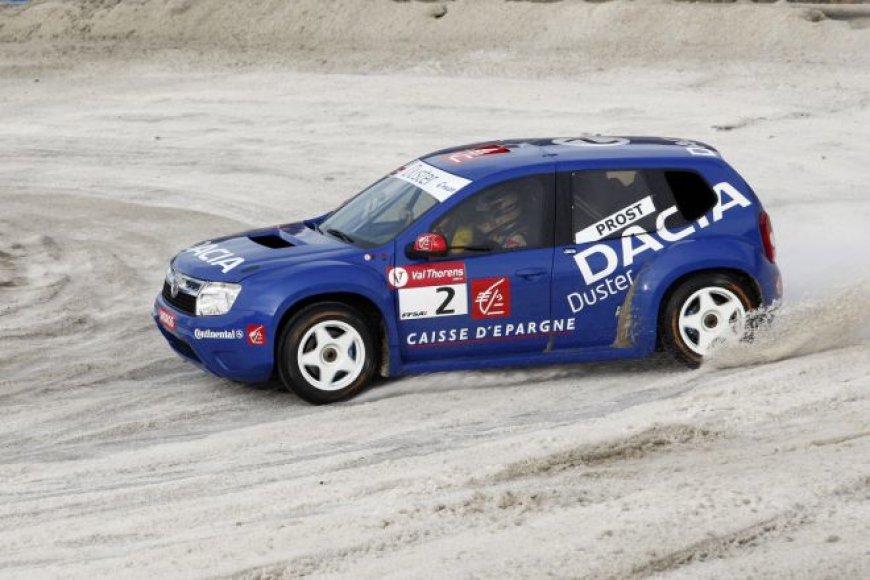 """""""Dacia Duster"""" vairuos Alanas Prostas"""
