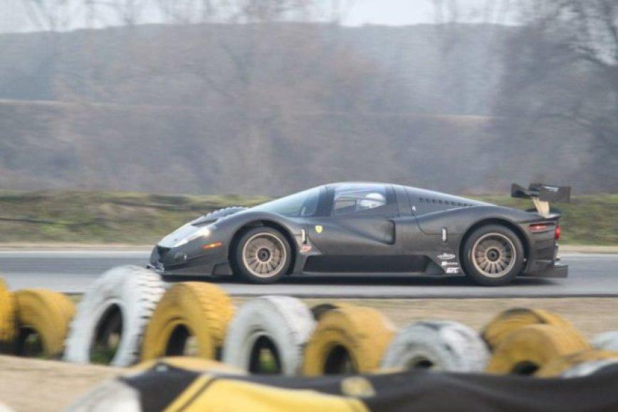 "Vienintelis pasaulyje ""Ferrari P4/5 Competizione"""