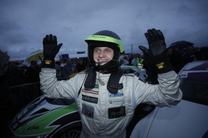 """""""Omnitel 1000 km lenktynių"""" nugalėtojų triumfas (2011 m.)"""