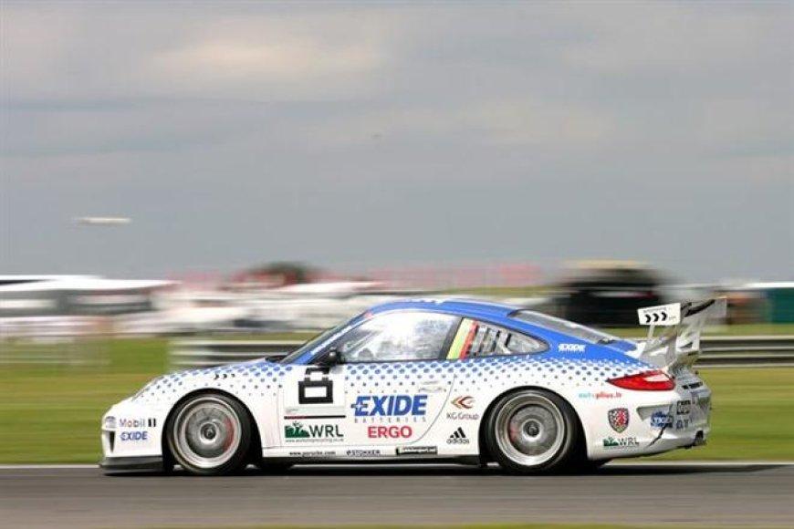 """Ignas Gelžinis """"Snetterton 300 Circuit"""" trasoje"""
