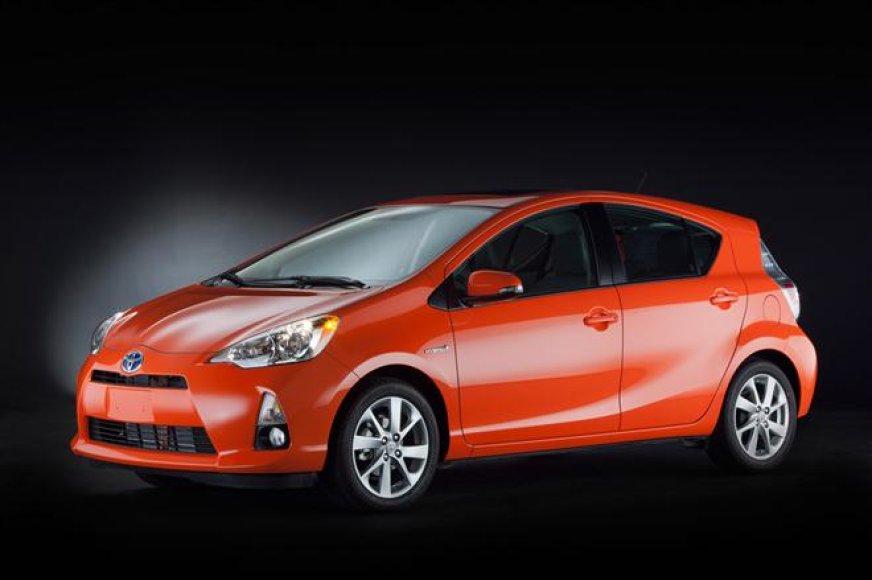 """""""Toyota Prius C"""" – ekonimiškiausias hibridas rinkoje"""