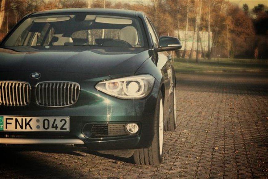 1 serijos BMW – skrydis pirma klase