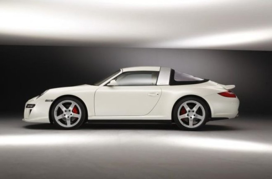 """Porsche 911 RUF Roadster"" primena gerus senus laikus"