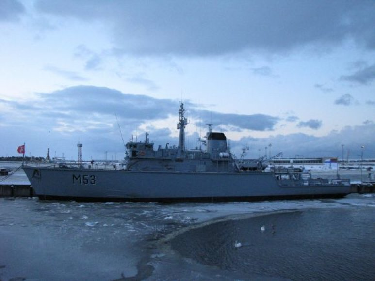 Minų paieškos ir nukenksminimo laivas M53.
