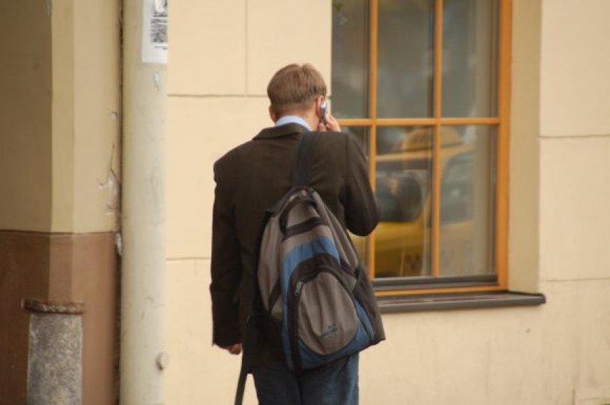 """Per penkias darbo dienos valandas Klaipėdos """"Vaikų linijos"""" psichologus pasiekia vidutiniškai 100–120 vaikų pagalbos prašymų."""