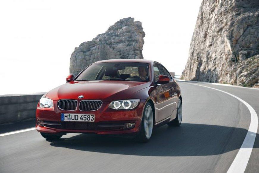 Laukiama naujojo BMW 3